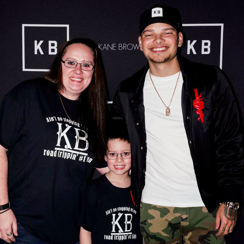 Kane Brown and Contest Winner